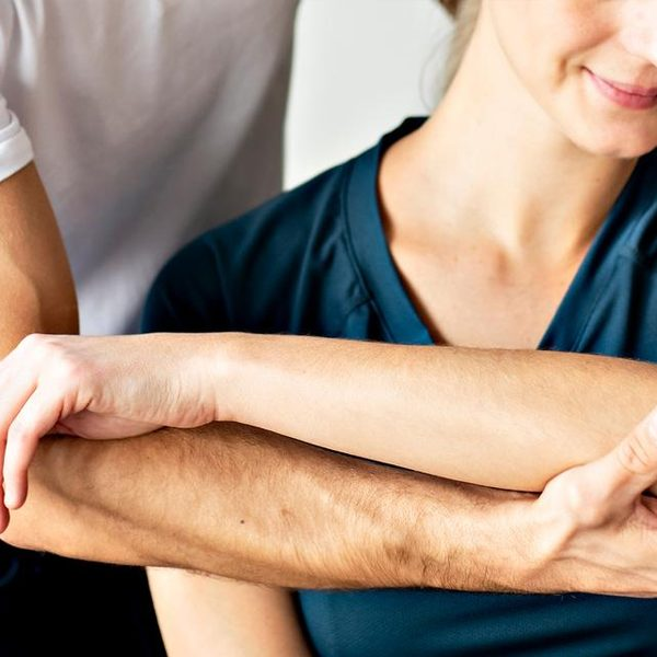 What-to-Expect-When-You-Visit-a-Physiotherapi